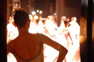 ballerina-at-backstage-2